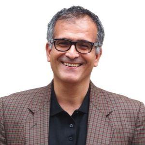 Dr. Arturo Cuervo